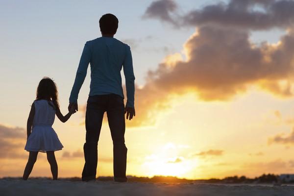 Hai bức tâm thư cha dặn con gái về cuộc sống hôn nhân