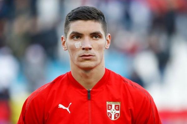 Milenkovic được Man Utd theo đuổi.
