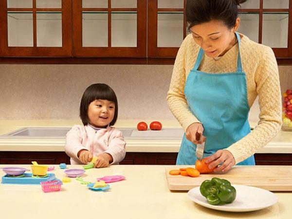 Mách cha mẹ cách hay để dạy con tự lập từ tấm bé