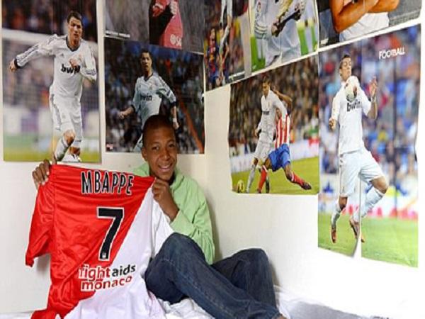 Thiên tài Mbappe tròn 20 tuổi