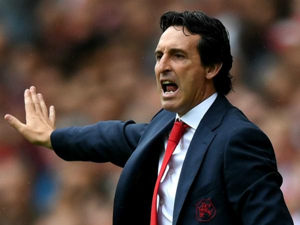 HLV Arsenal thận trọng với mục tiêu top 4 của đội nhà