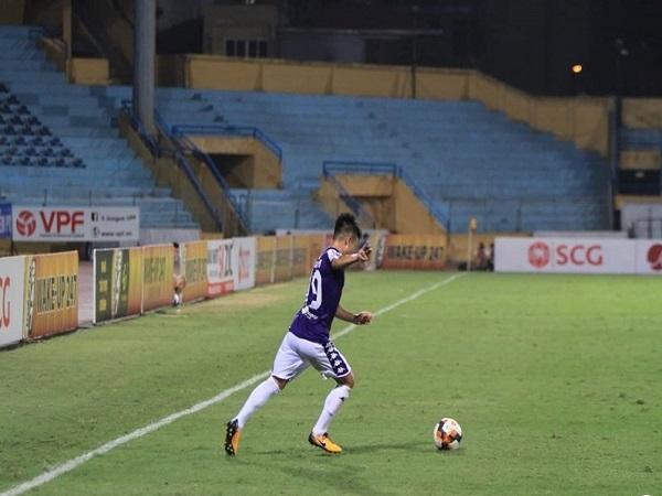 Bóng đá Việt Nam rủi ro cao khi Hà Nội FC và Bình Dương thành công
