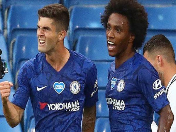 Chelsea giúp Liverpool vô địch sớm 7 vòng đấu