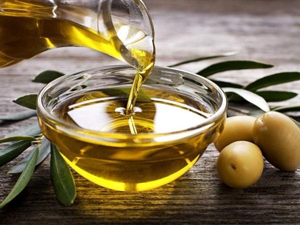 Bí quyết làm đẹp từ dầu oliu