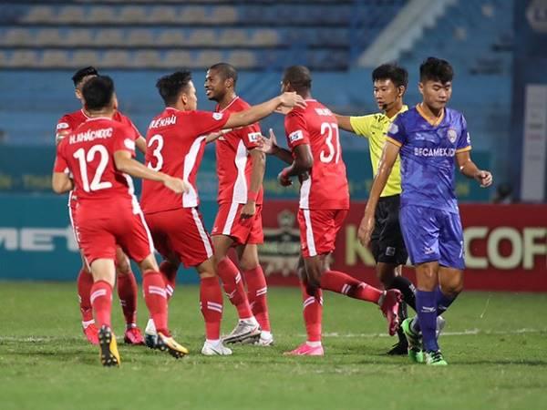 Bóng đá Việt Nam sáng 20/10: Viettel tiếp tục dẫn đầu bảng xếp hạng V-League