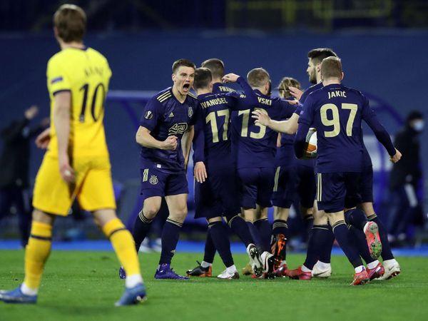 Tin bóng đá 19/3: Tottenham bị chỉ trích vì thua bạc nhược