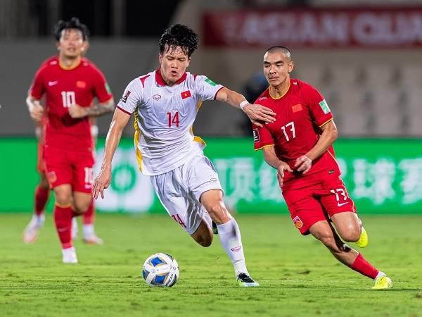 Bóng đá Việt Nam sáng 13/10: Việt Nam nhận 4 quả penalty sau 4 trận